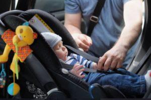Κίνδυνος για σοβαρές επιπτώσεις στα παιδιά από τα παιδικά καθίσματα! – Cars