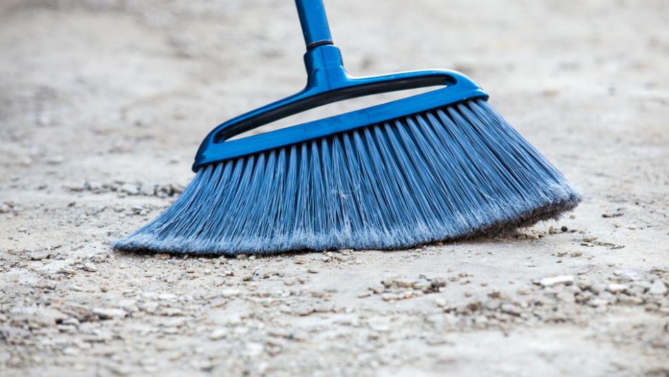 Broomstick Challenge: Τι είναι και γιατί το διαψεύδει η NASA
