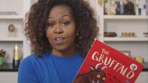 Η Μισέλ Ομπάμα διαβάζει βιβλία σε παιδιά μέσω διαδικτύου