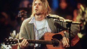 Κερτ Κομπέιν: Ποσό ρεκόρ σε δημοπρασία για την κιθάρα που είχε στο MTV Unplugged