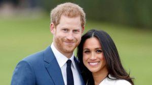 Τι αποκαλύπτει το βιβλίο για Χάρι και Μέγκαν για τις σχέσεις τους με το παλάτι