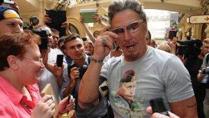 «Όταν σε δω θα σε ξεφτιλίσω άγρια»: Γιατί ο Mickey Rourke «τα έβαλε» με τον Robert De Niro