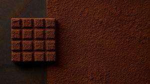 «Καιρικό φαίνομενο» να γλύφεις τα δάχτυλα -Ελβετία: Πόλη καλύφθηκε από νιφάδες σοκολάτας