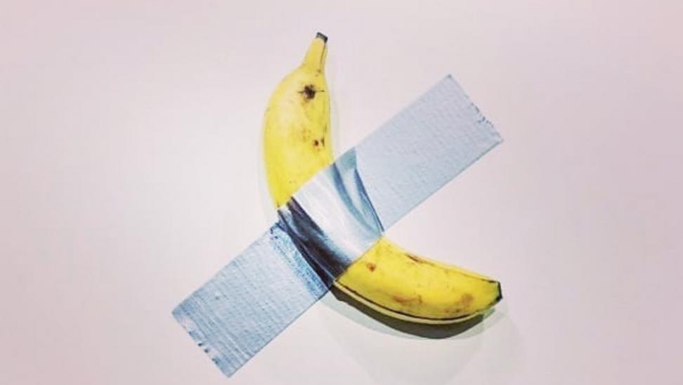 Πώς βρέθηκε η αμφιλεγόμενη μπανάνα του Κατελάν στο Μουσείο της Νέας Υόρκης
