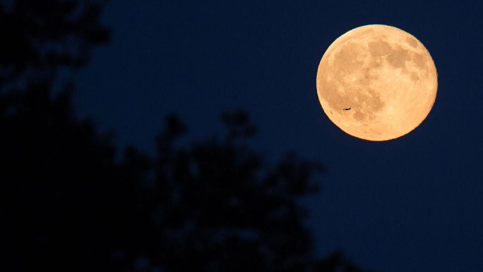 Μπλέ φεγγάρι: Το Σάββατο 2η πανσέληνος τον ίδιο μήνα - Θα ξανασυμβεί Αύγουστο 2023
