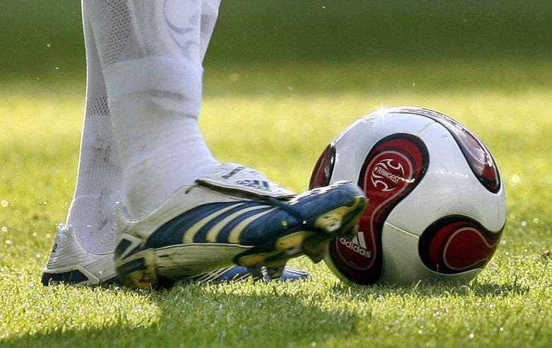 Ποδοσφαιριστής ξυλοκοπήθηκε μέχρι θανάτου από συμπαίκτες του – News.gr