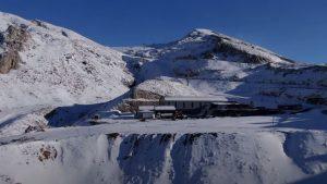 Χιονοδρομικό Κέντρο Παρνασσού-Λιβάδι-Αράχωβα: Ο ιστορικός πρώτος χιονιάς χωρίς επισκέπτες
