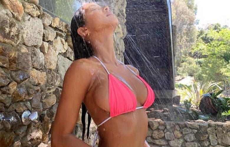 Η Βραζιλιάνα που κολάζει με τις άψογες καμπύλες της – News.gr