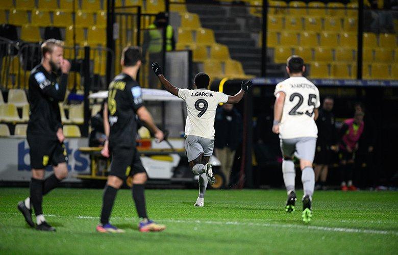 Νίκη και δεύτερη θέση για την ΑΕΚ, 1-0 τον Άρη – News.gr
